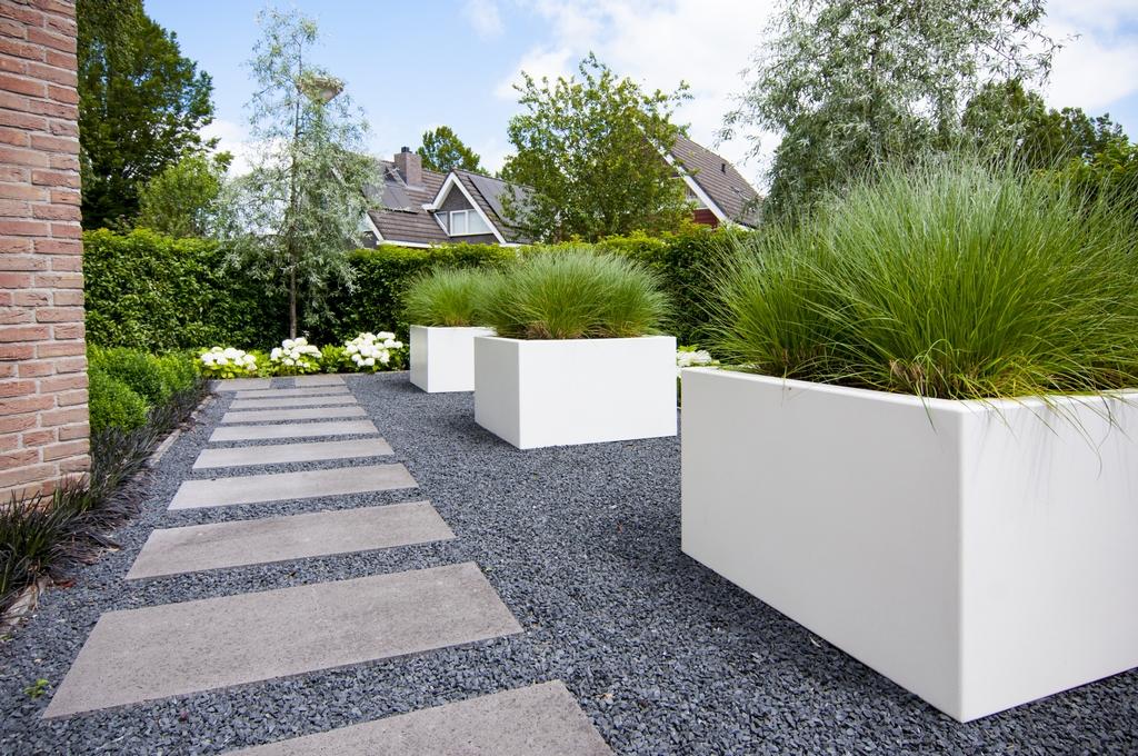 Moderne tuin - Idee van deco tuin buiten ...